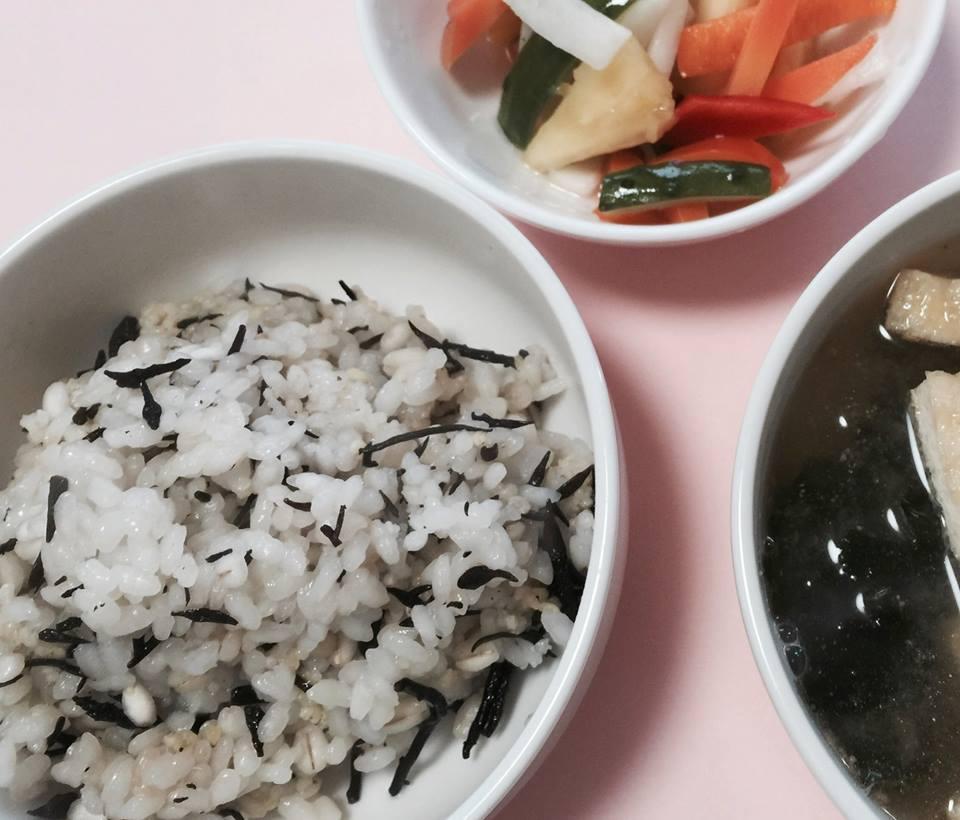 栄養満点ひじきご飯~ぱぱっとおうちご飯〜